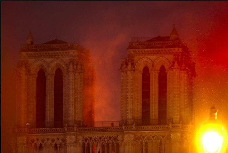 Nguyên nhân cháy lớn ở Nhà thờ Đức Bà Paris 1