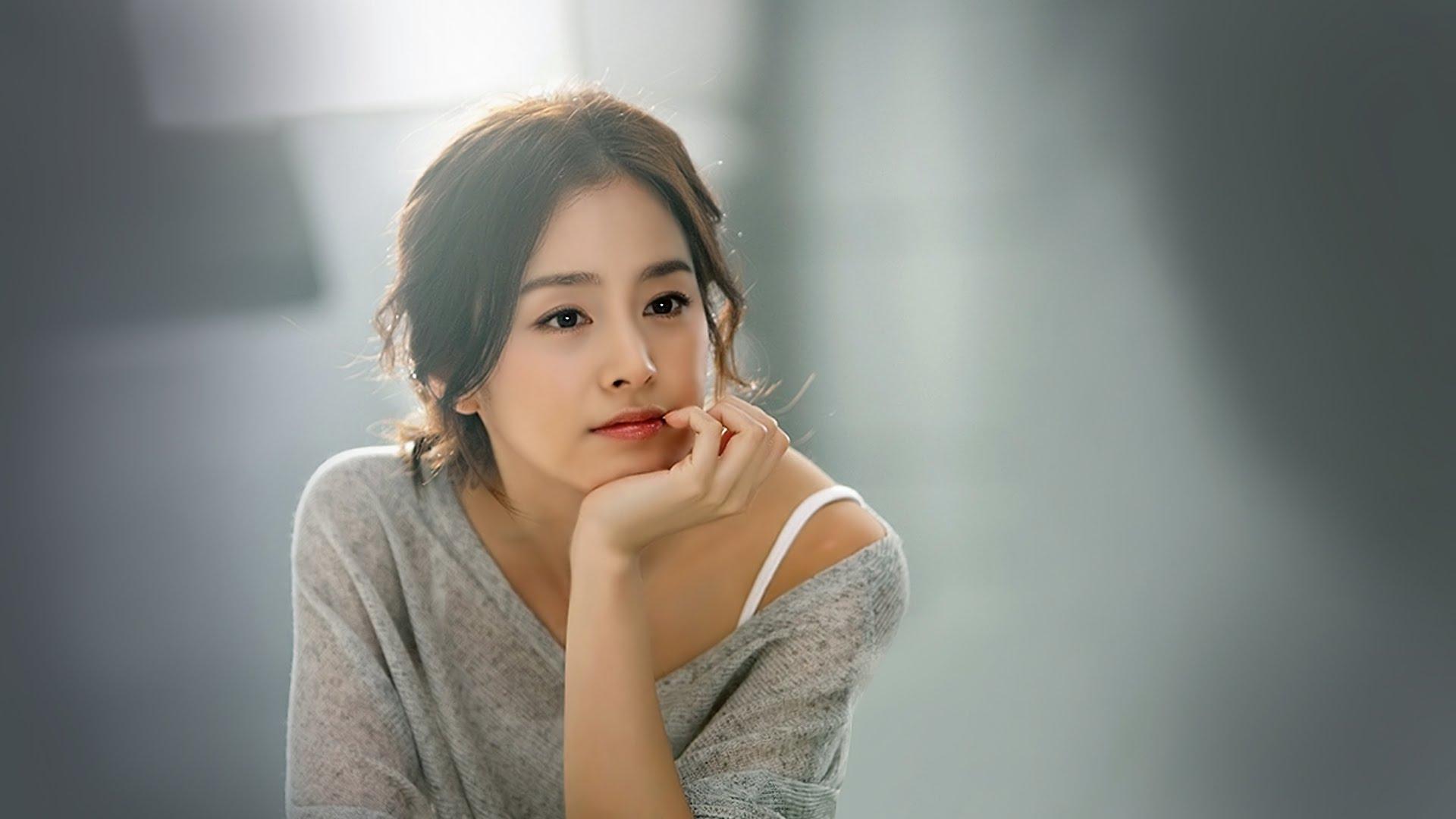 6 điểm tương đồng thú vị giữa hôn nhân của Song Hye Kyo và Kim Tae Hee 7