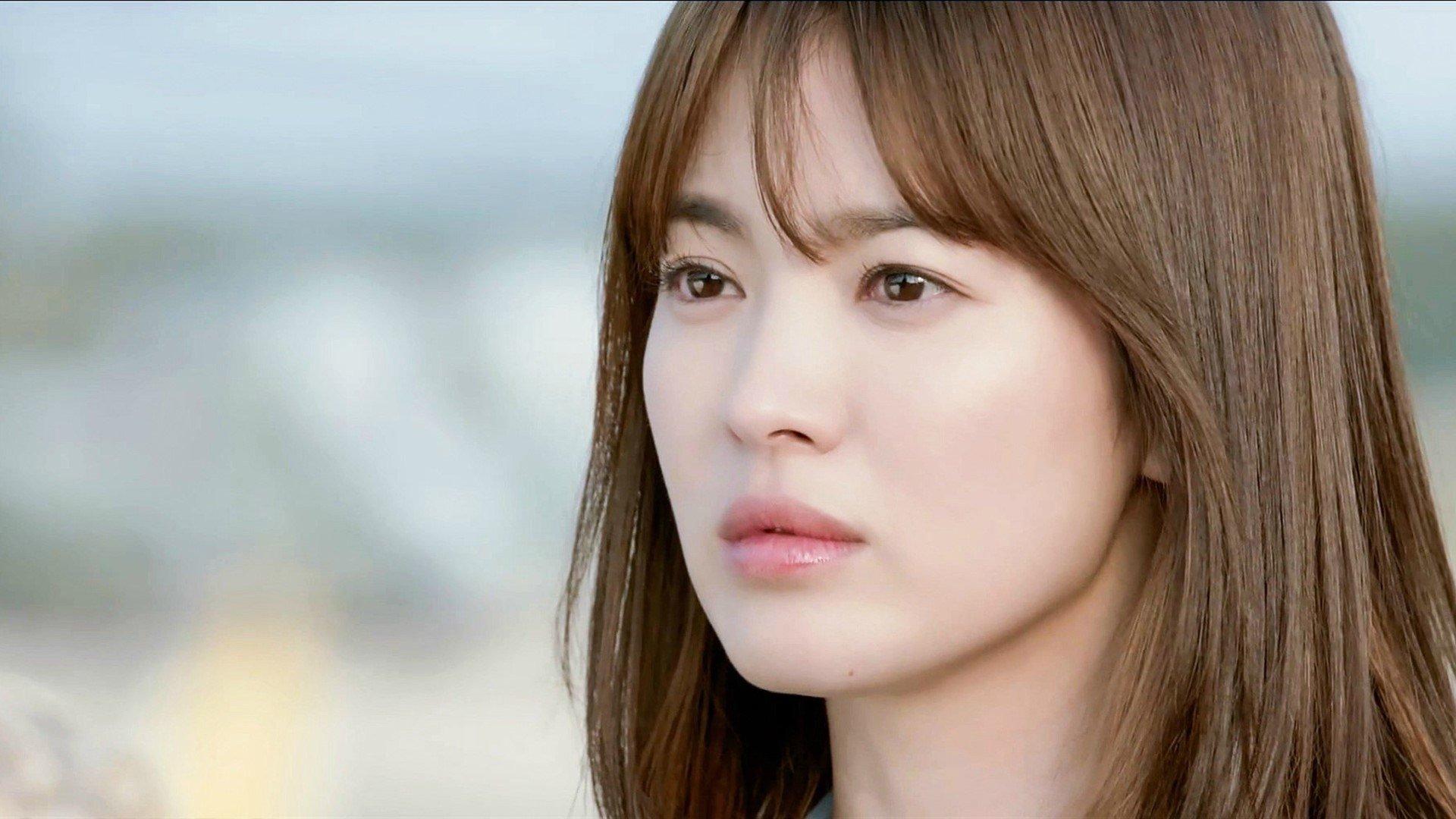 Song Hye Kyo, Kim Tae Hee: 'Kỳ phùng địch thủ' về tài năng, nhan sắc 2