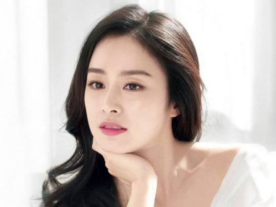 Song Hye Kyo, Kim Tae Hee: 'Kỳ phùng địch thủ' về tài năng, nhan sắc 3