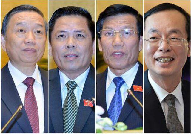 Phó Thủ tướng Phạm Bình Minh 'đăng đàn' trả lời chất vấn 2