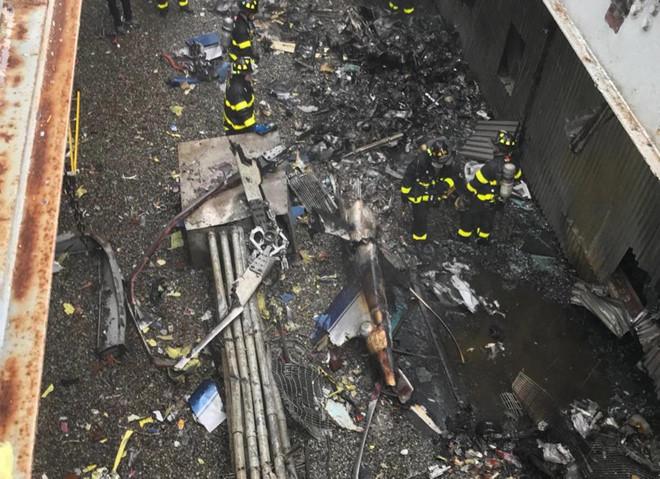Trực thăng lao vào nóc cao ốc 229m ở New York, phi công tử nạn 1