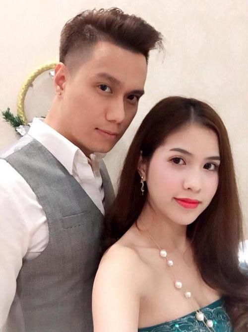 Việt Anh tung ảnh hẹn hò riêng giữa ồn ào li hôn vợ lần 2? 1