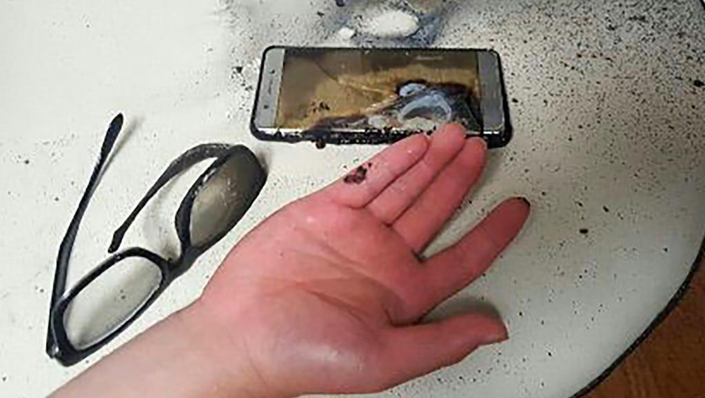 Điện thoại vừa dùng vừa sạc phát nổ, nam thanh niên tử vong 1