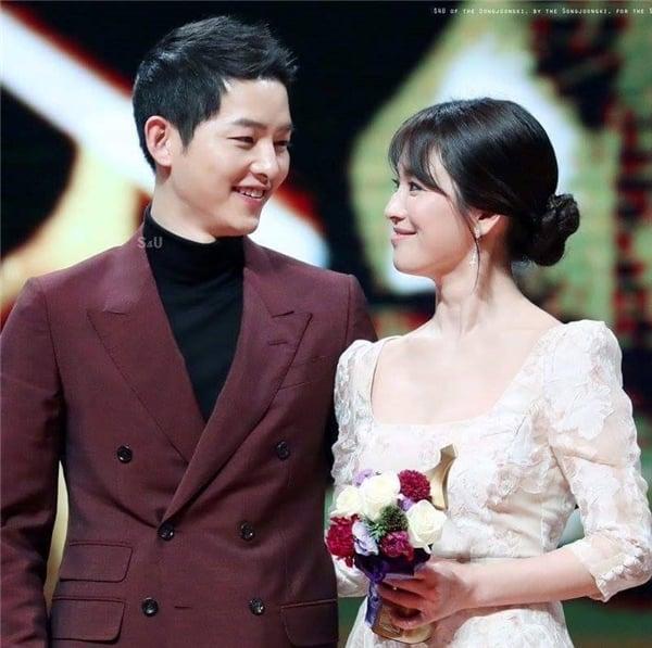 Song Hye Kyo từng bật khóc trước lời cầu hôn của Song Joong Ki 1