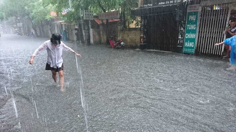 Dự báo thời tiết mới nhất hôm nay 18/7/2019: Xuất hiện áp thấp nhiệt đới trên biển Đông 1