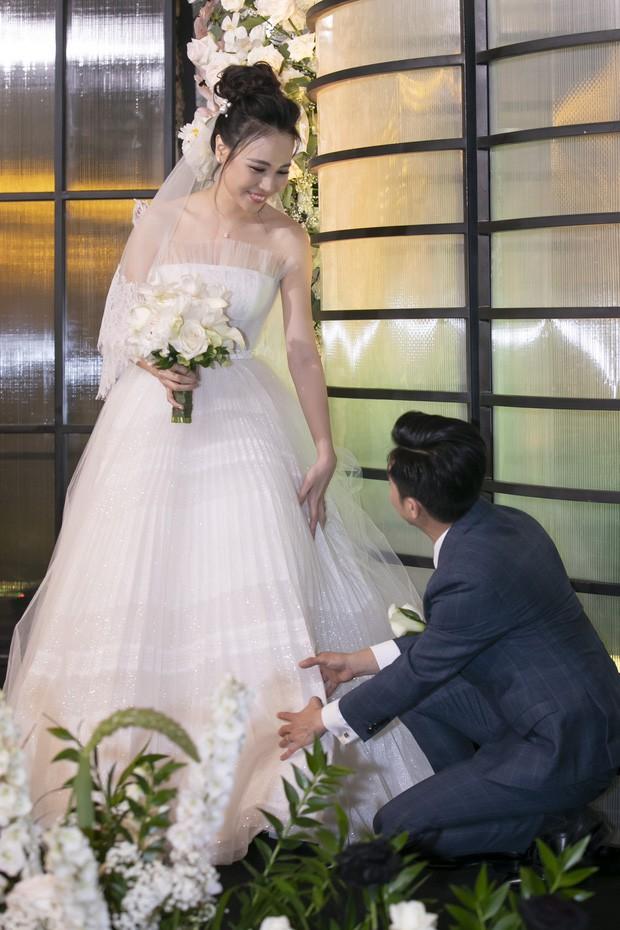 Loạt ảnh hiếm về không gian cưới độc đáo của Cường Đô la, Đàm Thu Trang 10
