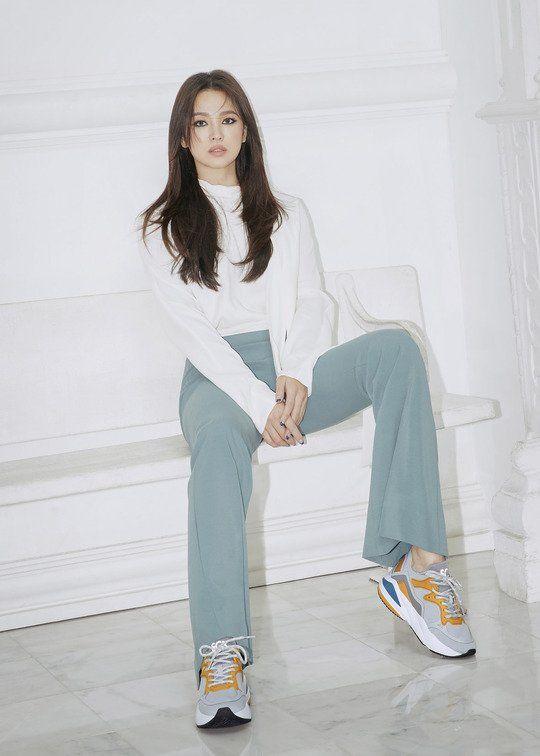 Song Hye Kyo hứng mọi 'gạch đá' từ netizen Hàn Quốc khi tung ảnh hậu ly hôn 1
