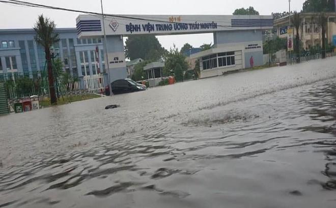 Mưa lớn, Thái Nguyên chìm trong biển nước 2