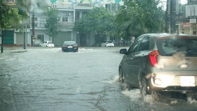 Mưa lớn, Thái Nguyên chìm trong biển nước 6
