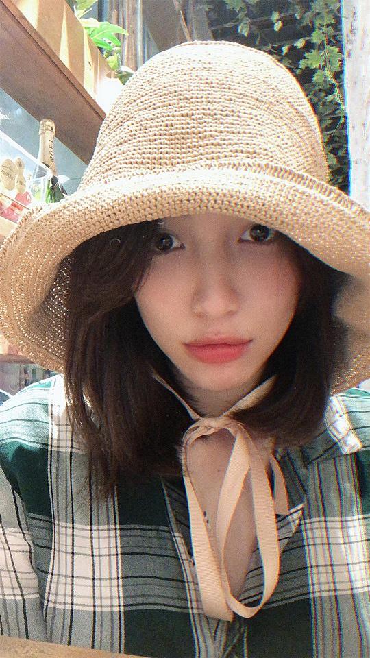 Hòa Minzy đáp trả đầy ẩn ý khi bị nói 'ăn bám' bạn trai 1