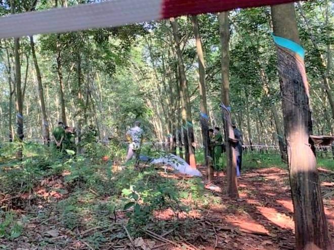 Phát hiện thi thể thiếu nữ 16 tuổi lõa thể trong rừng cao su, nghi bị hiếp dâm 1
