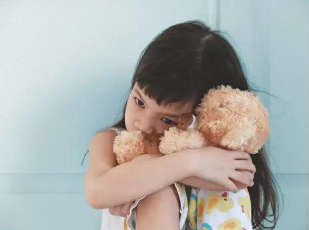 5 điều cần làm giúp trẻ vượt qua cú sốc sau khi bố mẹ ly hôn 3