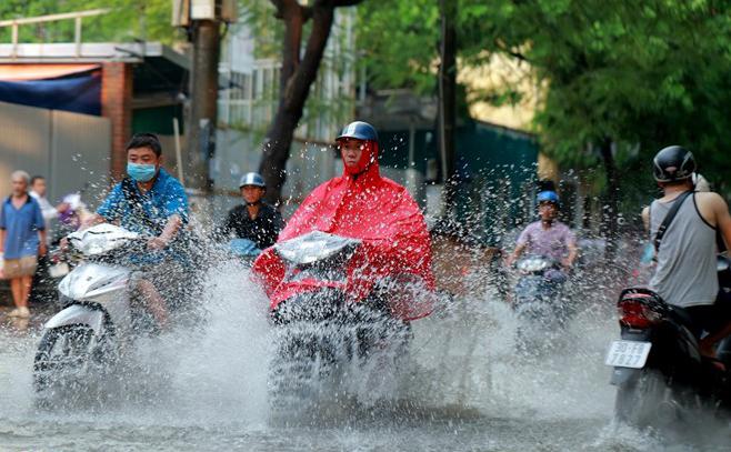 Dự báo thời tiết mới nhất hôm nay 3/10: Hà Nội mưa dông lớn 1