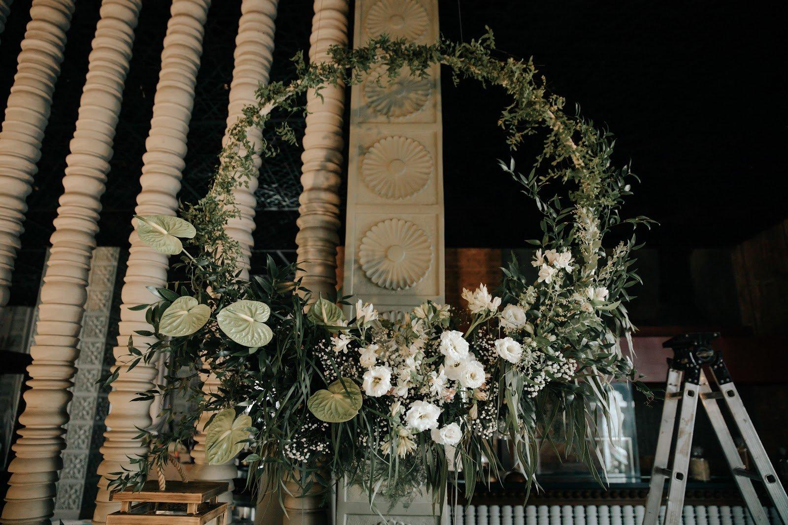 Hé lộ hình ảnh nhẫn kim cương và tiệc cưới xa hoa trong hôn lễ MC Hoàng Oanh 2