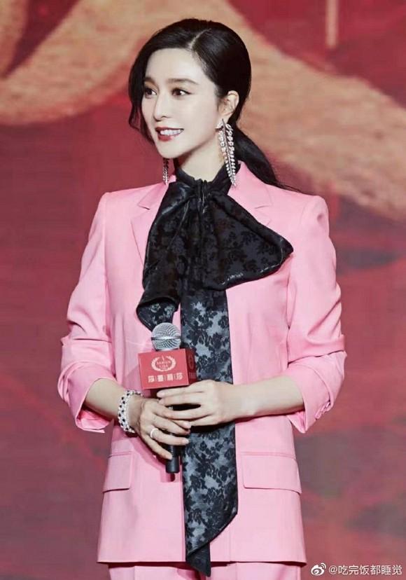 Diện đồ hồng, Phạm Băng Băng phá chuẩn quy tắc về thời trang 3