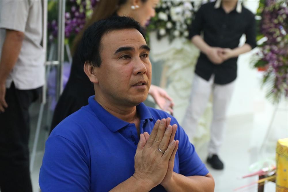 Quyền Linh, Thúy Nga xúc động hát tiễn đưa nghệ sĩ Chánh Tín  2