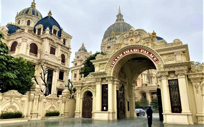 Choáng ngợp cảnh bên trong lâu đài dát vàng nghìn tỷ của đại gia Ninh Bình 1