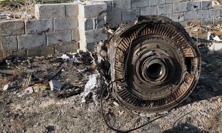 Mỹ nghi Iran bắn nhầm máy bay chở 176 người 1