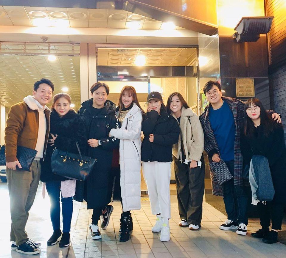 Bất chấp 'con cưng' của Trấn Thành lỡ hẹn công chiếu, Hari Won vẫn vi vu 'tới bến' 2