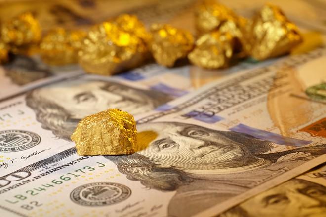 Tin tức giá vàng hôm nay 11/2: Lên đỉnh sắp chạm mốc lịch sử 1