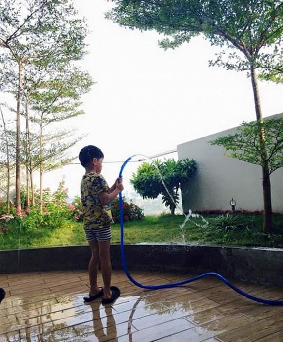 Hé lộ cách đối xử đối với cậu ấm cô chiêu nhà 'song Hà': Tăng Thanh Hà, Hồ Ngọc Hà 3