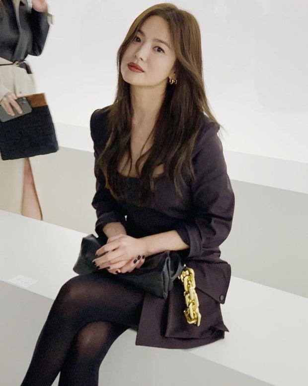 Song Hye Kyo chịu cảnh 'con ghẻ' hậu ly hôn Song Joong Ki dù được săn đón ở nước ngoài 1