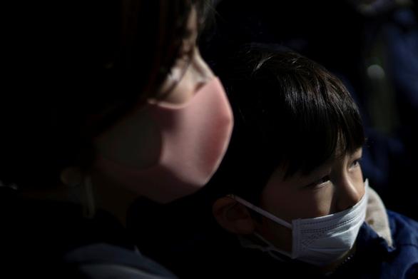 Dịch Covid-19: Nhật Bản xác nhận ca tái nhiễm đầu tiên sau 14 ngày xuất viện 1