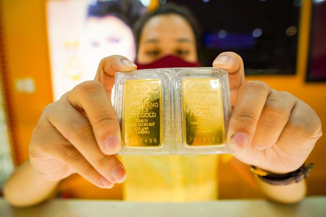امروز 4/1 آخرین لیست قیمت طلا را به روز کنید: در وسط بی ثباتی 1 وارد یک سوراخ عمیق شوید