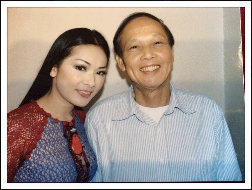 Nhu Quynh با عذاب عزاداری اعلام کرد ، Hoai Linh تسلیت قابل توجهی را به جا گذاشت 1