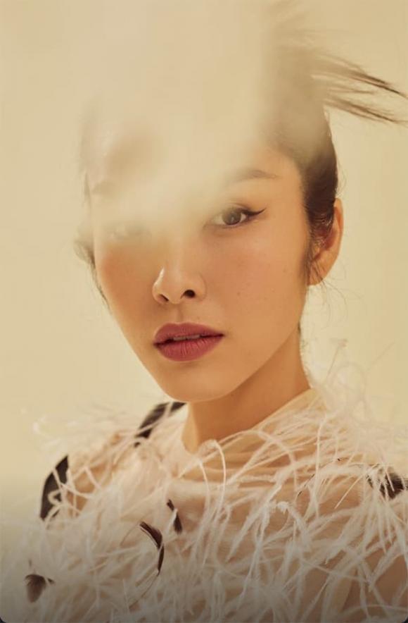 Tang Thanh Ha به ندرت کمر خود را نشان می دهد ، مردم در
