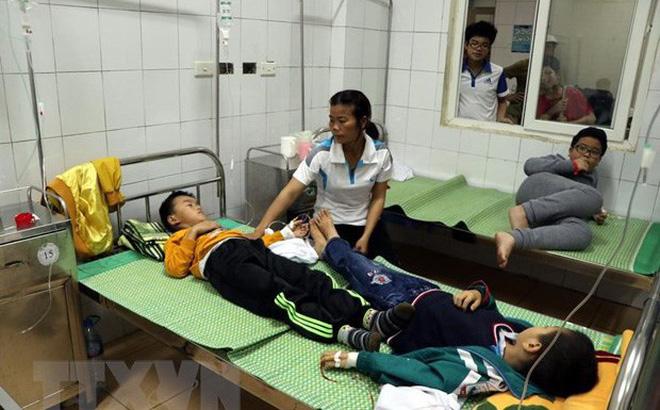 Tình hình sức khoẻ của 44 học sinh tiểu học ăn nhầm bột thông bồn cầu 1