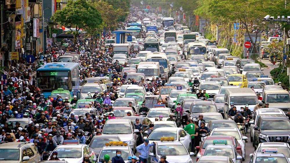 Sẽ lấy ý kiến người dân về việc thí điểm cấm xe máy ở Hà Nội 1