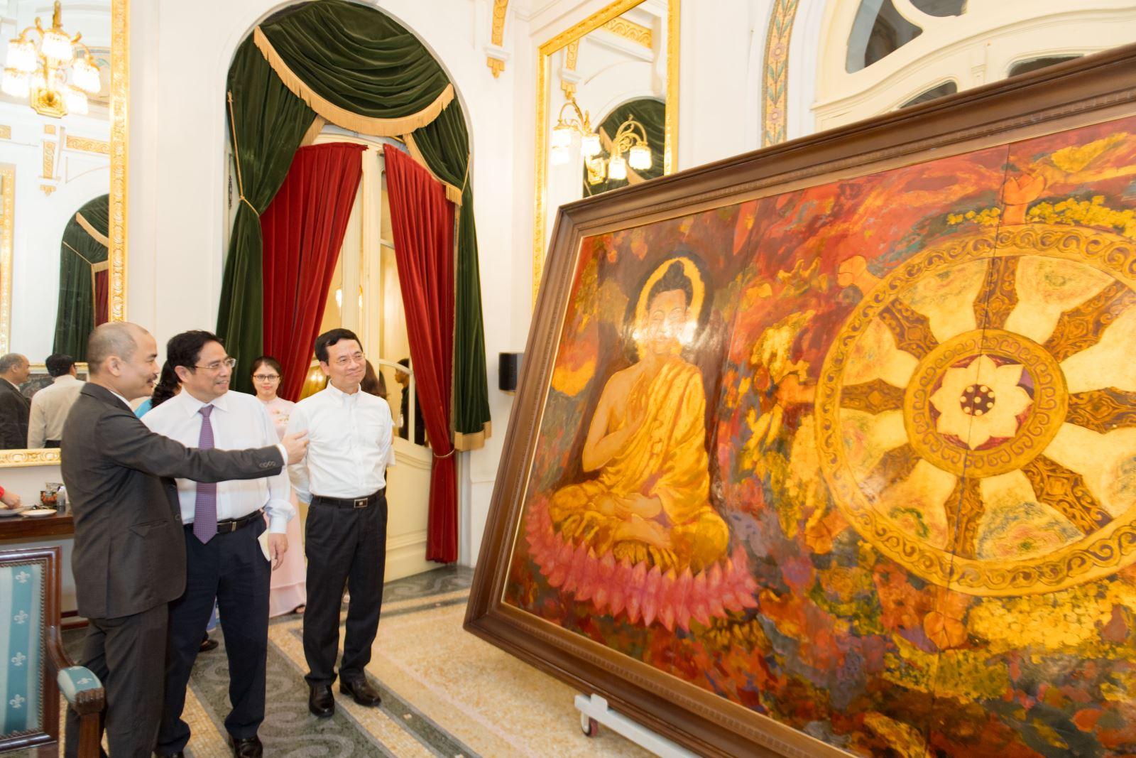 Trưng bày những bức tranh quý về Bác Hồ tại Nhà hát Lớn Hà Nội 3