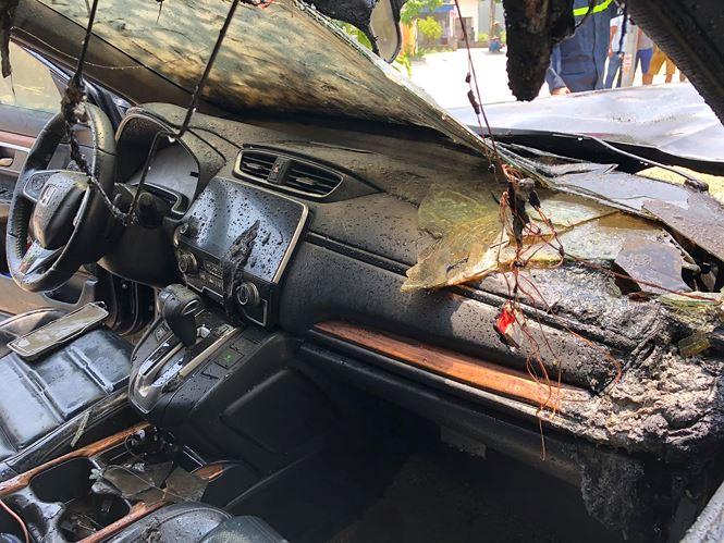 'Xế hộp' tiền tỷ Honda CR-V bất ngờ bốc cháy giữa lúc nắng nóng 2