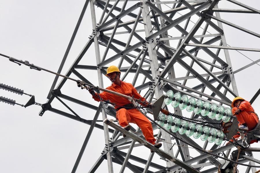 ĐBQH: 'Giá điện luôn tuân theo quy trình bất biến là tăng rồi, tăng mãi' 1