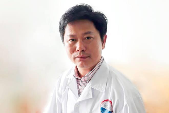 Dùng 5L bia cứu người ngộ độc rượu, bác sĩ ở Quảng Trị được Thủ tướng tặng bằng khen 1