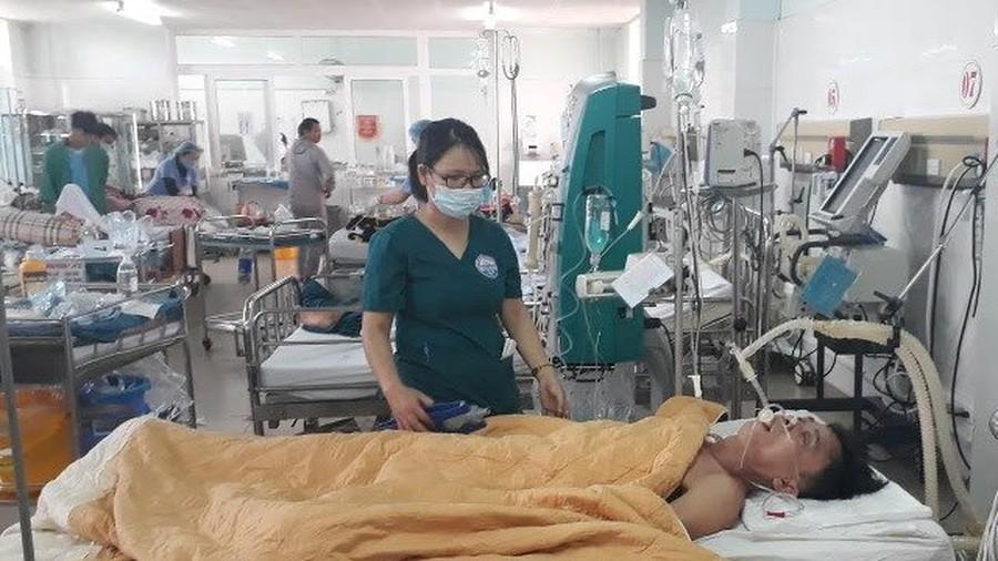 Dùng 5L bia cứu người ngộ độc rượu, bác sĩ ở Quảng Trị được Thủ tướng tặng bằng khen 2