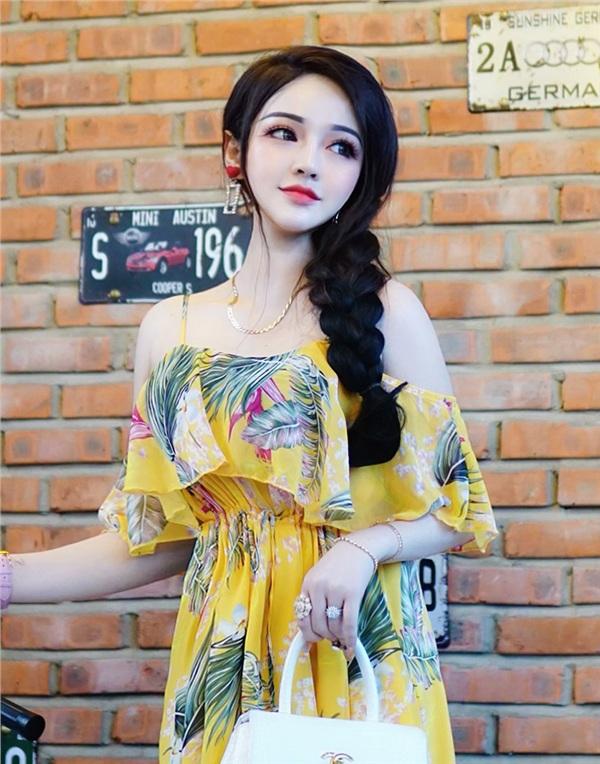 'Búp bê sống' ở Đà Nẵng vừa xinh, vừa đơ khiến nhiều người ngẩn ngơ 4