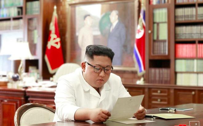 Giữa lúc căng thẳng với Iran, ông Trump bất ngờ gửi thư cho lãnh đạo Triều Tiên 1