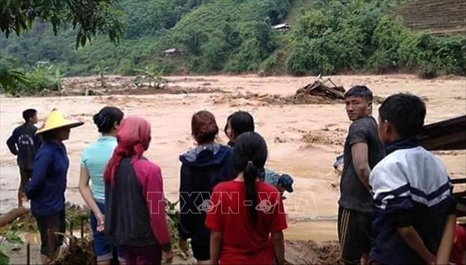 Mưa lũ tại Sa Pa và Lai Châu, 4 người cùng nhiều nhà cửa bị cuốn trôi  2