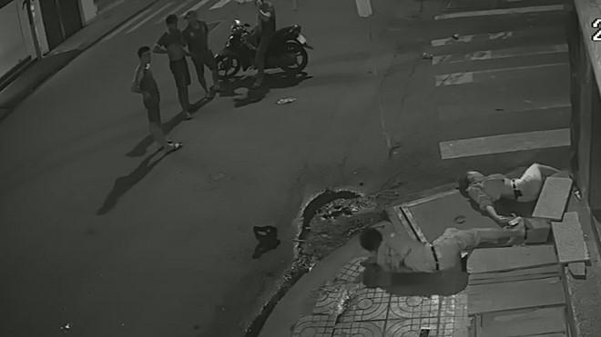 Mẹ nạn nhân bị tài xế Vinasun bỏ mặc giận đến run người khi xem clip 2