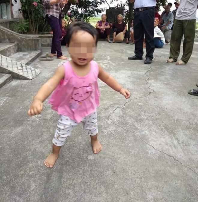 Thông tin mới vụ nữ sinh bỏ con 1 tuổi ở chùa để còn phải đi lấy chồng 1