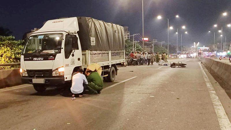 Tin tức tai nạn giao thông ngày 12/7: Tông vào đuôi container, thanh niên tử vong tại chỗ 2