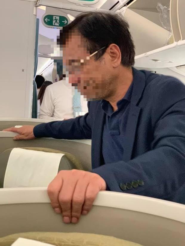 Vụ đại gia địa ốc sàm sỡ khách nữ trên máy bay: Người trong cuộc lên tiếng 2