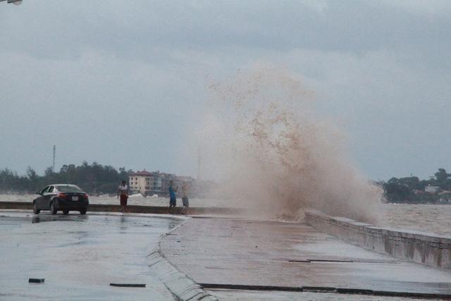 Tin bão số 3: Quảng Ninh, Hải Phòng, Thái Bình ban hành lệnh cấm biển 2