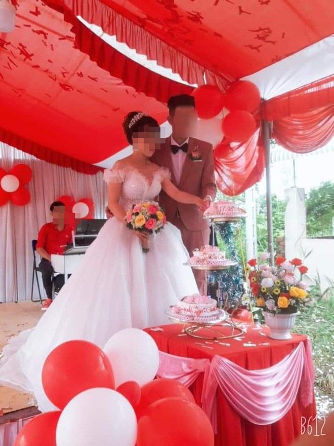 Lỡ 'ăn cơm trước kẻng', cô dâu trẻ bị nhà chồng hắt hủi phải bỏ về ngay trong đám cưới  2