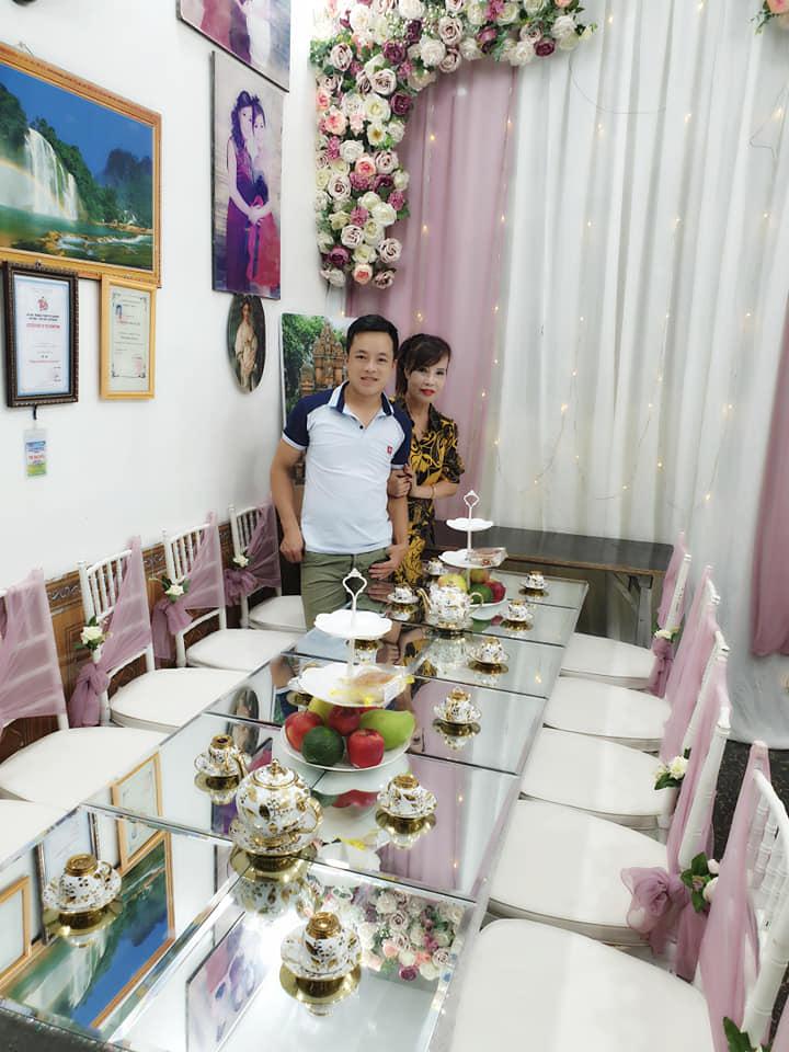 Lại xuất hiện cặp đôi cô dâu 42 và chú rể 20 tuổi gây xôn xao ở Hưng Yên 3