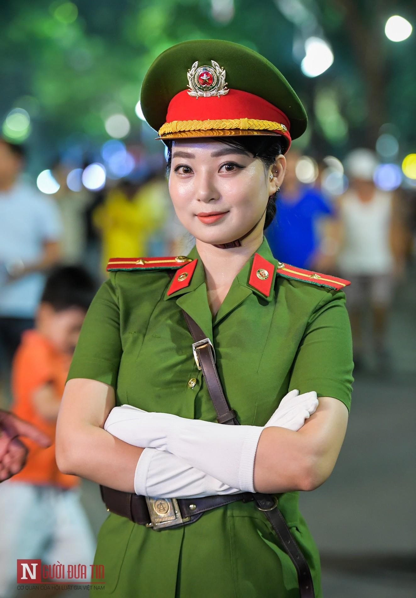 Ngất ngây nhan sắc nữ chiến sĩ Đoàn nghi lễ Bộ Công An 6