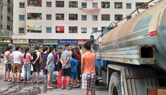 Chủ tịch Hà Nội Nguyễn Đức Chung yêu cầu xử lý nghiêm vụ nước sông Đà bốc mùi 4